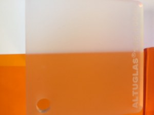PMMA Coulé Incolore Dual Satin Altuglas ® 145 10000 - 4 mm - Prix au m²
